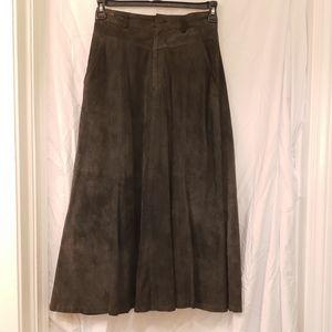 Lizwear suede Aline lined skirt size 8